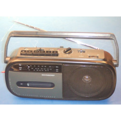Radio cassette (2 2r20p + k760 not included) available at ags