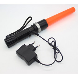 CREE XM-L Q5 zoomable led flashlight traffic wand torch tactical lamp lantern for police baton with 18650 and charger