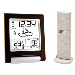 Weather station with external temperature sensor